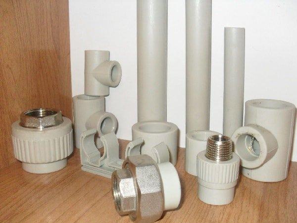 Как врезаться в водопроводные трубы из металлопластика