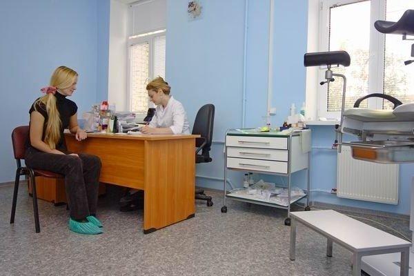 Когда идти к гинекологу после родов