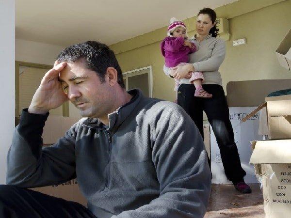 Почему женщины ворчат и пилят мужа и детей