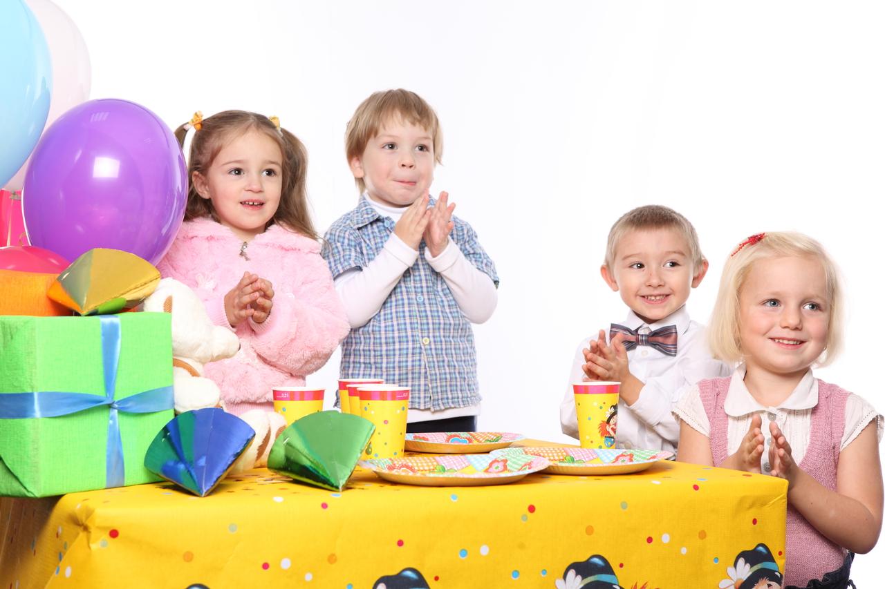 Какие игры предложить детям на детском празднике