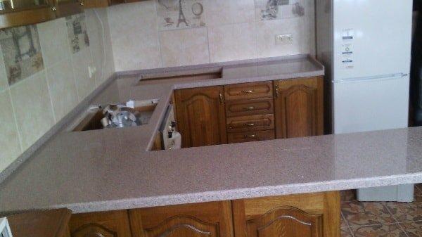 Как выбрать столешницу для кухонной мебели?