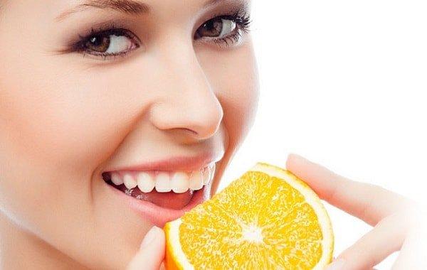 Как отбелить зубы и будет ли эффект надолго?