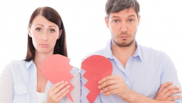 Как женщинам строить отношения после развода?