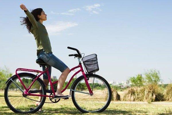 Сколько калорий сжигается во время езды на велосипеде?