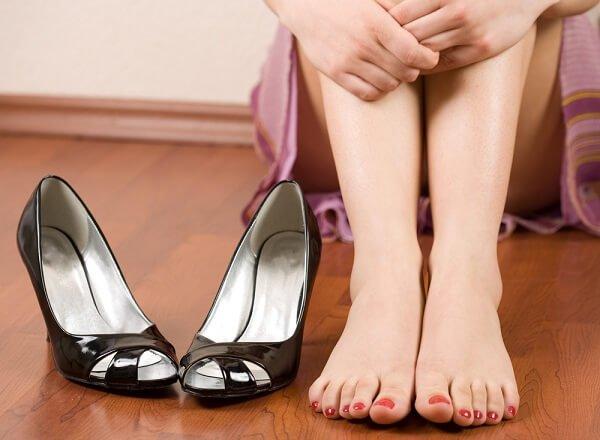 Боль в ногах из-за обуви – как избавиться и облегчить