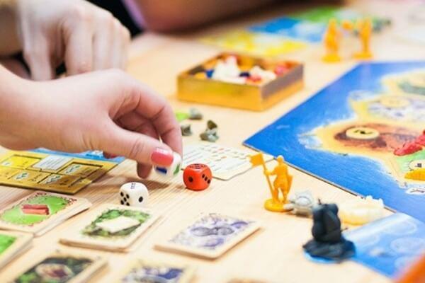 Лучшие игры для детей настольные и не только