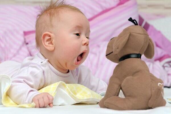 Развитие ребенка по месяцам жизни до 1 года