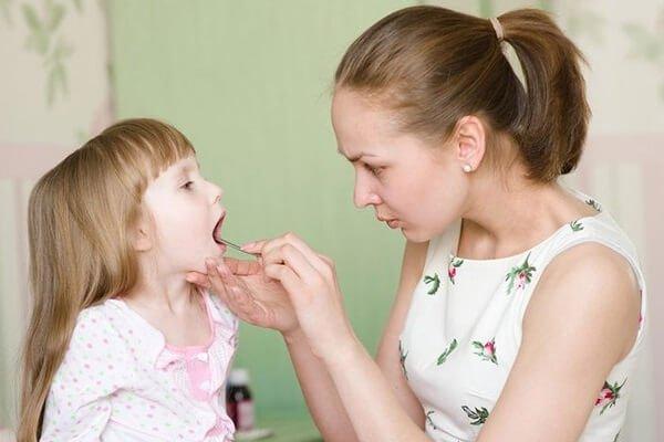 У дочки простуда или она обманывает?