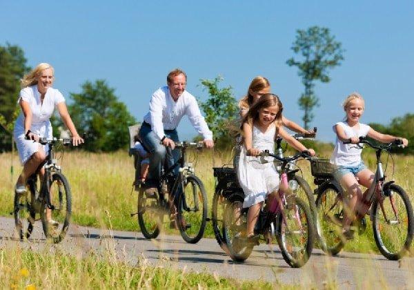 Семейный досуг в путешествии на велосипедах