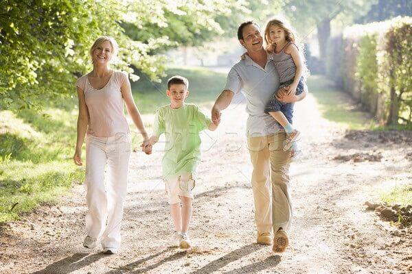 Ходить пешком полезно, почему нужны пешие прогулки?