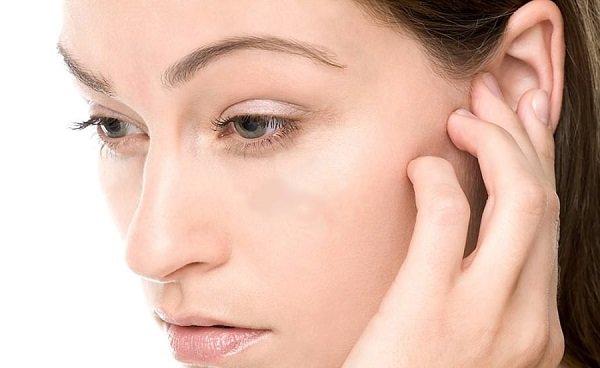 Забито ухо что делать и как прочистить забитые уши