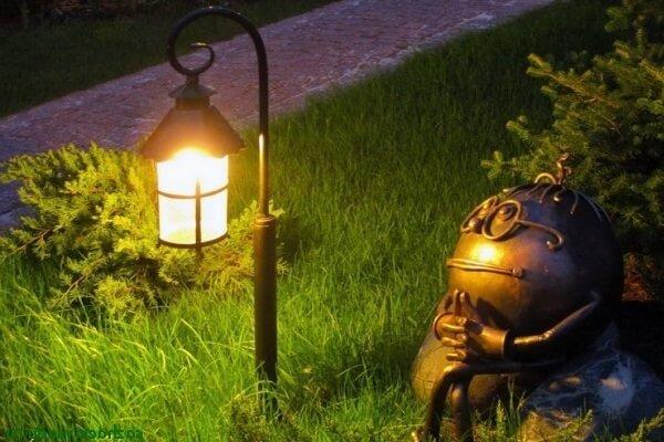 Как подключить осветительные приборы на дачном участке