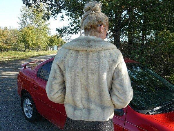 Короткие шубы для настоящей автоледи