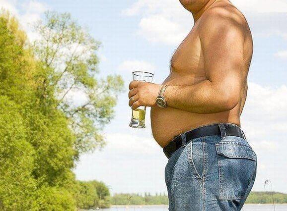 Жир на животе и пивной живот – причины, как устранить