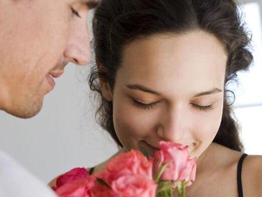 Как влюбить в себя девушку, которая любит другого?