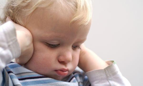 Ребенок не говорит в 2 года – причины и как научить?