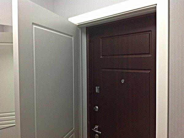 Вторые входные двери – роскошь или необходимость?