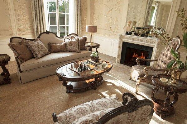 Интерьер квартиры в стиле современной классики.