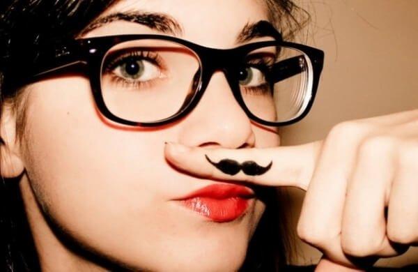 Усы у девушек и женщин – способы, как избавиться от усиков.