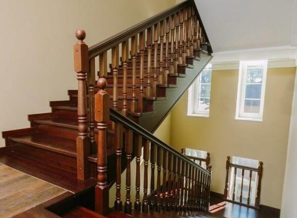 Как правильно заказать лестницу для дома и коттеджа.