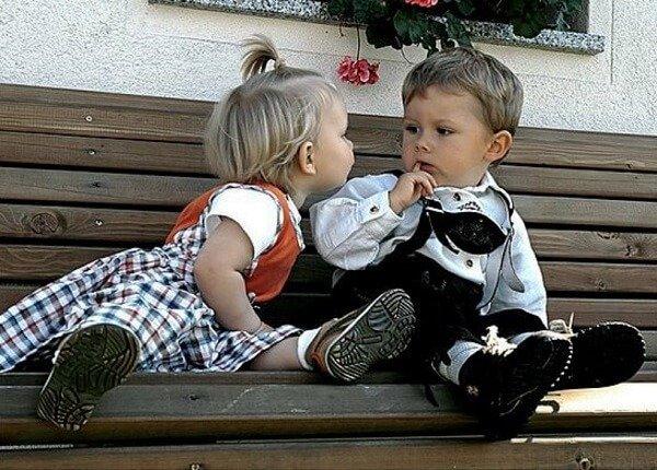 Как нужно любить детей?