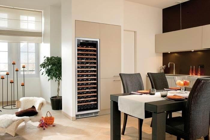 Хороший холодильник для вина – часть интерьера!