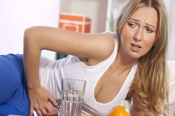 Проблемы с ЖКТ вызывают резкое похудение у женщин и мужчин.