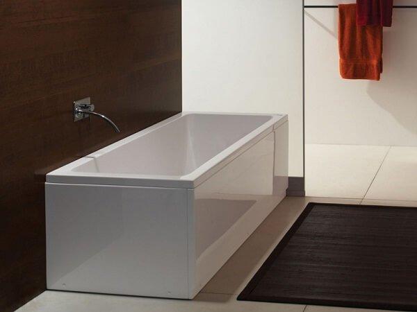 Лучшие модели ванн из акрила Ravak Chrome 227-01.