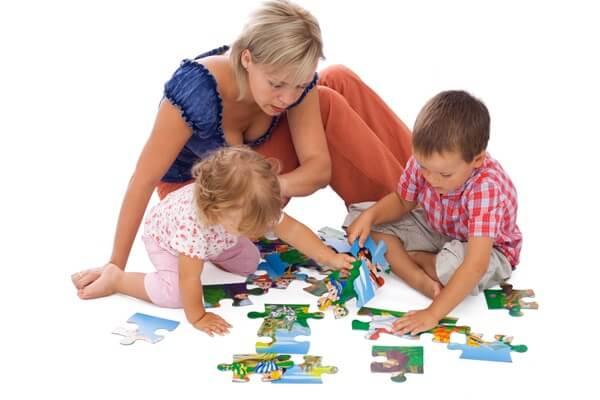 Чем занять ребенка 3 лет дома? 10 идей и советов.