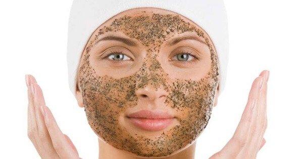Рецепты и советы, как избавиться от черных точек на лице?