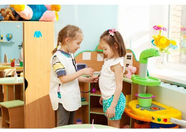 Нужен ли ребенку детский сад – преимущества и недостатки.
