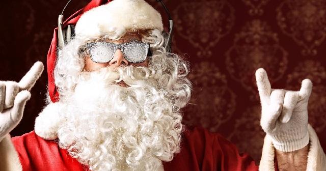 Как я влюбилась в Деда Мороза со сломанной ногой.