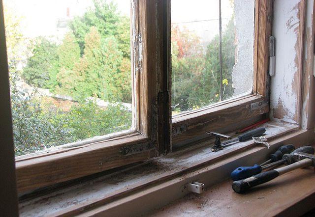 Как правильно ремонтировать старые деревянные окна.