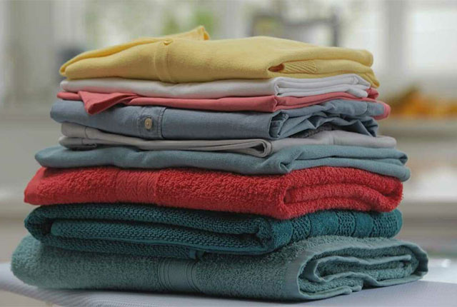 Как избавиться от катышек на трикотажной одежде: триммер и бритва для одежды, еще 3 подручных средства.
